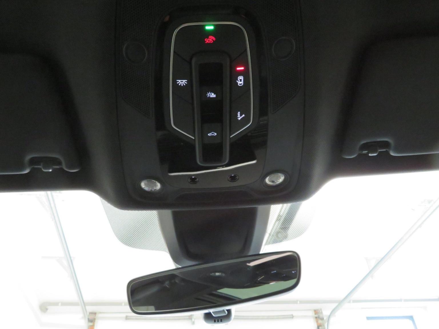 Audi-SQ5-41