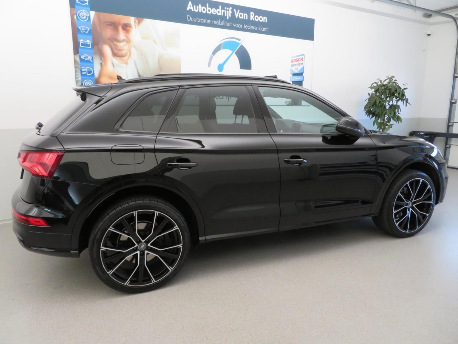 Audi-SQ5-82
