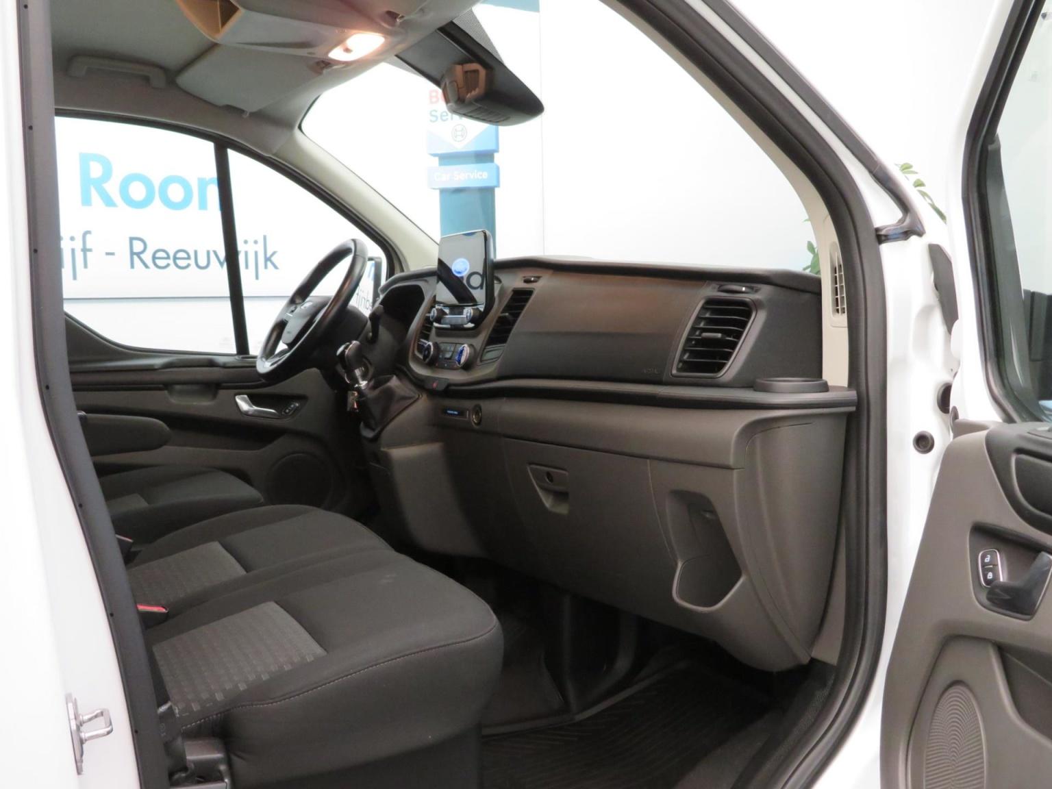 Ford-Transit Custom-39