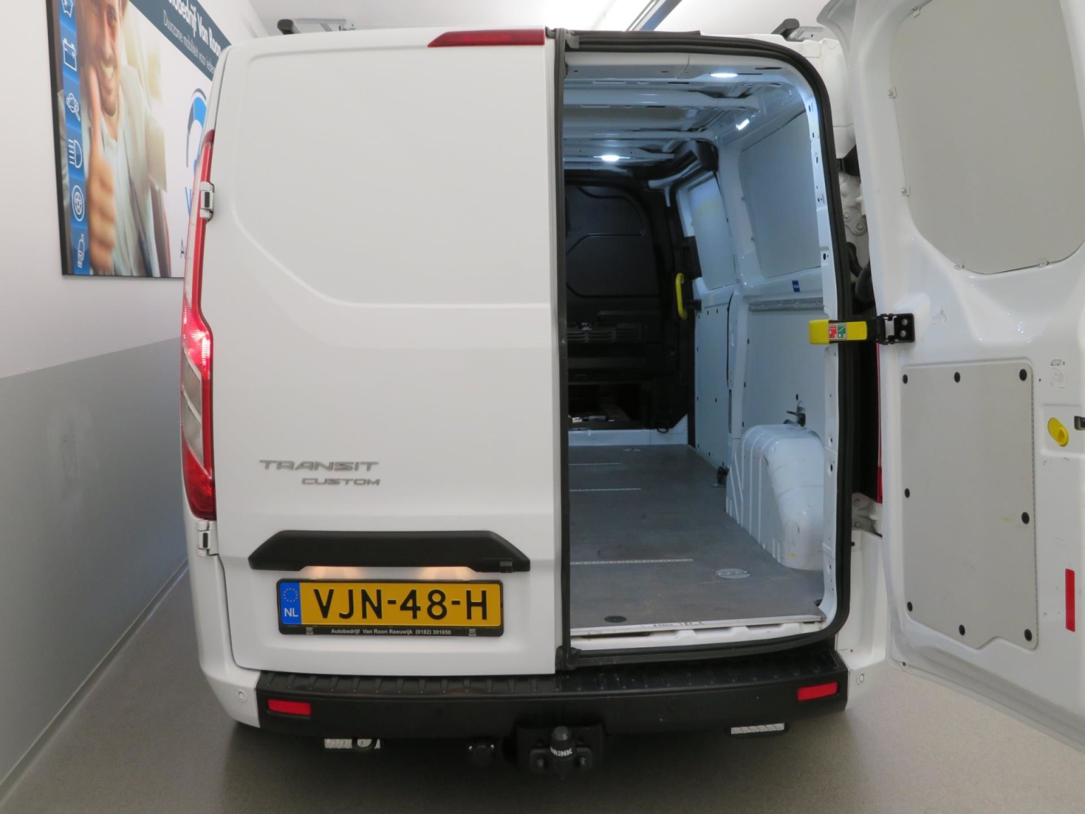 Ford-Transit Custom-30