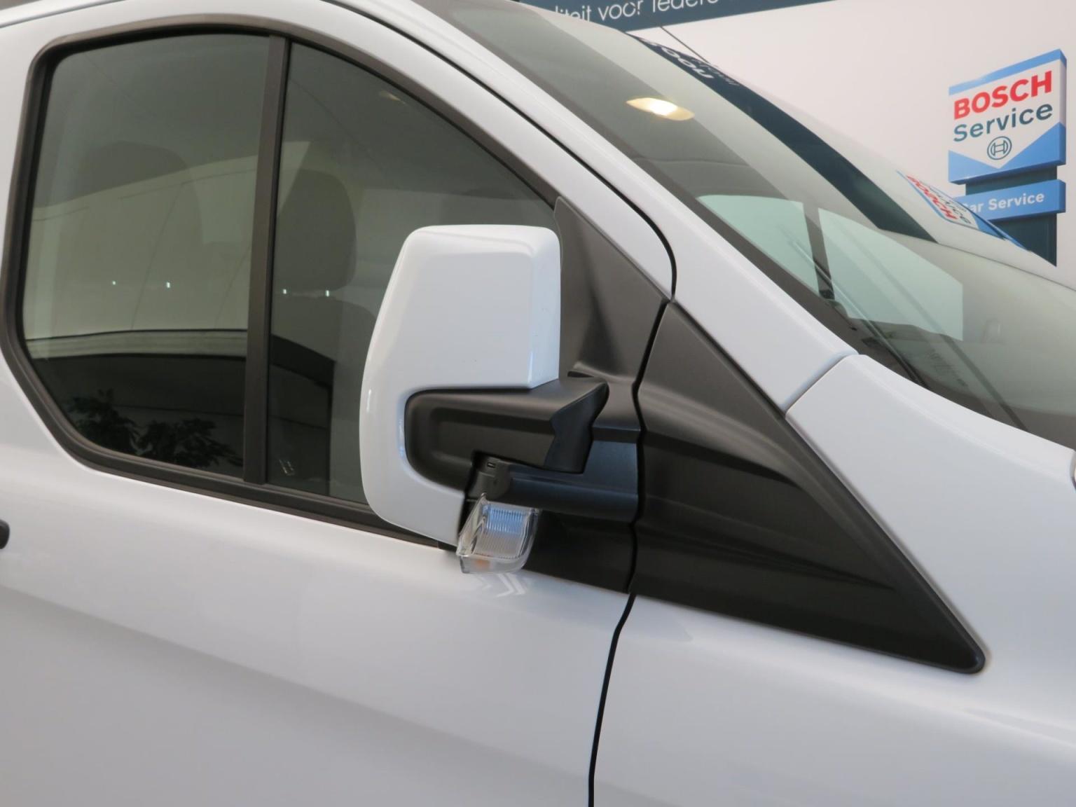 Ford-Transit Custom-23