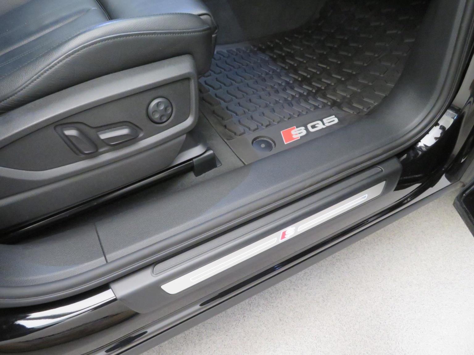 Audi-SQ5-45