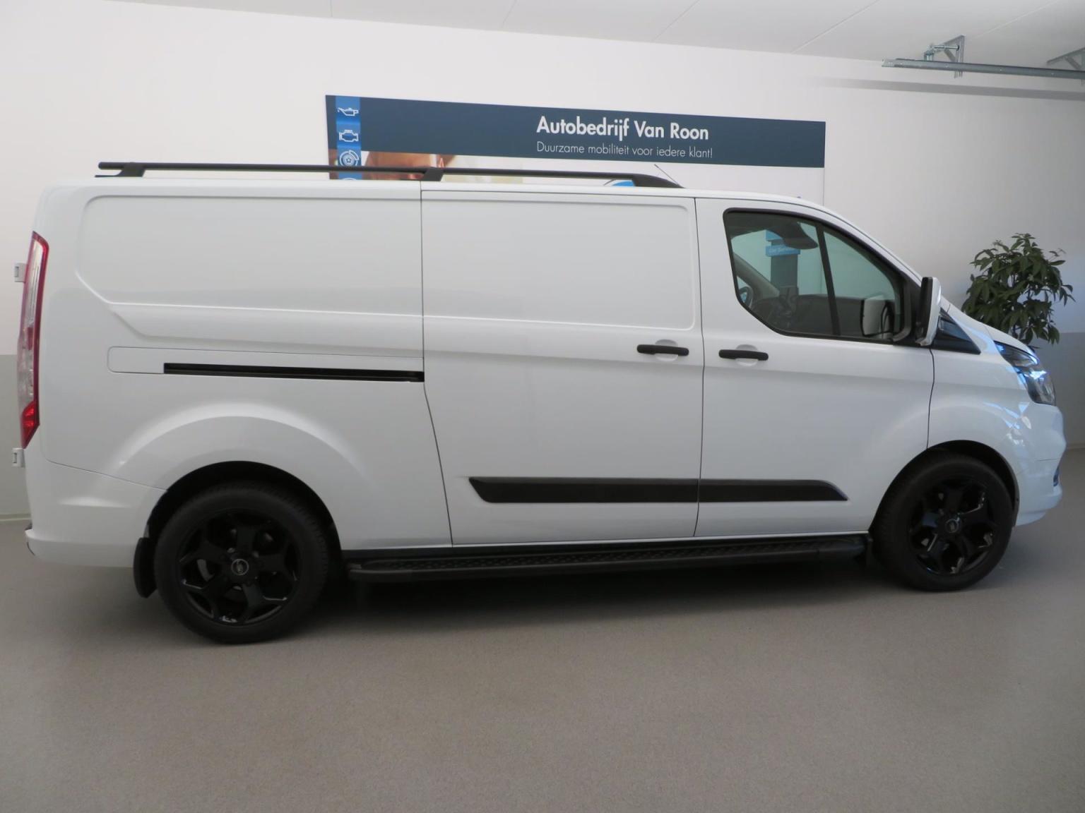 Ford-Transit Custom-25