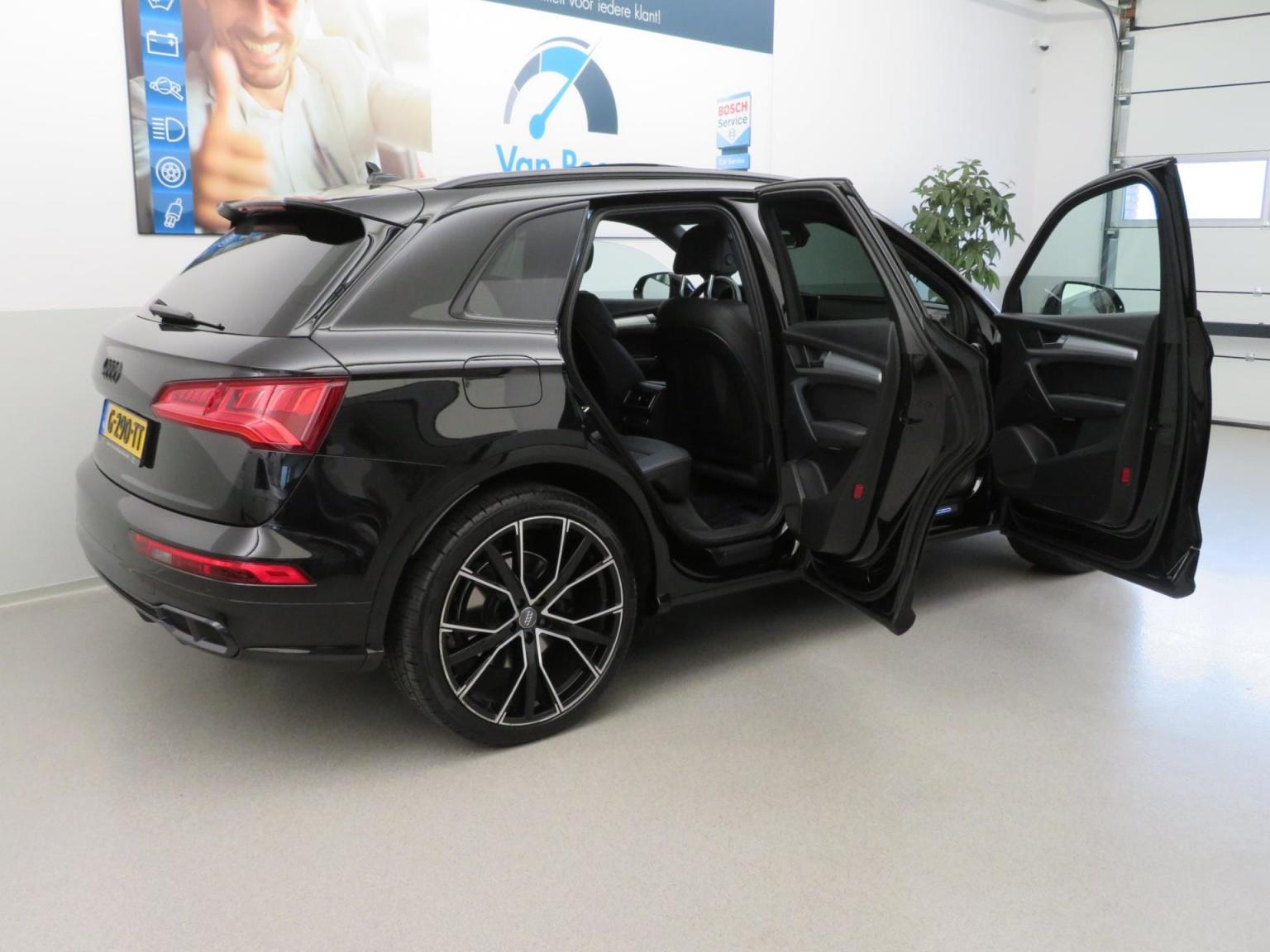 Audi-SQ5-26